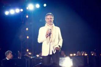 Scart veste i protagonisti del concerto di Andrea Bocelli al Teatro del Silenzio
